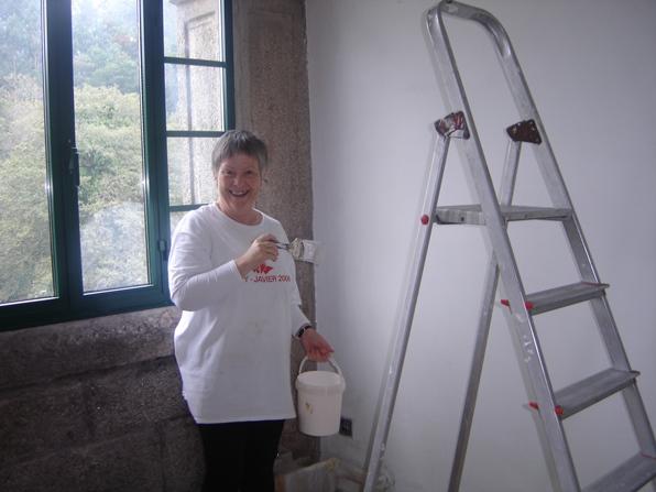 Mª Ángeles pintando